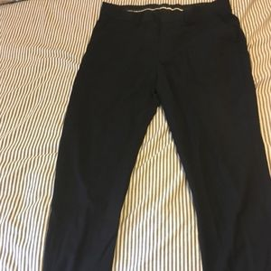 H&M men's dress pants in Navy!